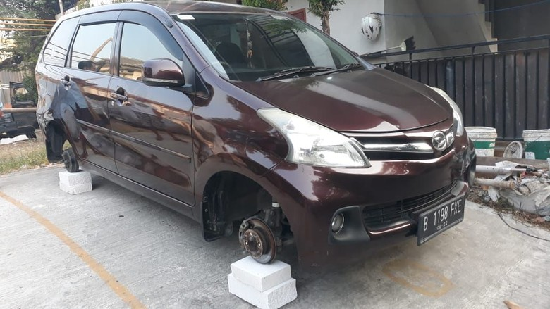 Marak Pencurian Ban Mobil di Cikarang