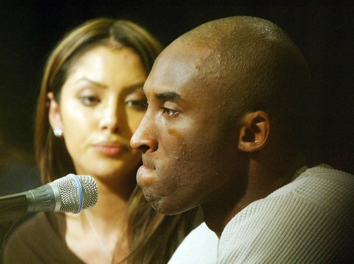 LOS ANGELES- JULY 18:  Los Angeles Lakers star Kobe Bryant and his wife Vanessa appear at news conference at Staples Center, the home of the Lakers, July 18, 2003 in Los Angeles, California. The 24-year-old NBA star proclaimed his innocence of the sexual assault charges filed  by the district attorney of  Eagle, Colorado for the alleged rape of  a 19-year-old Colorado woman.  (Photo by J. Emilio Flores/Getty Images)