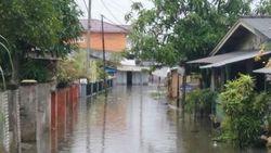 14 Jam Berlalu, Banjir di Medan Labuhan Sumut Belum Surut