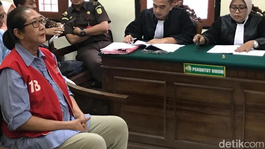 Mak Susi Terdakwa Kasus Rasisme Mahasiswa Papua Dituntut 1 Tahun Penjara