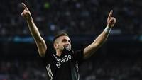 Rumor Transfer: Tinggalkan Rodrigo, Barcelona Beralih ke Dusan Tadic