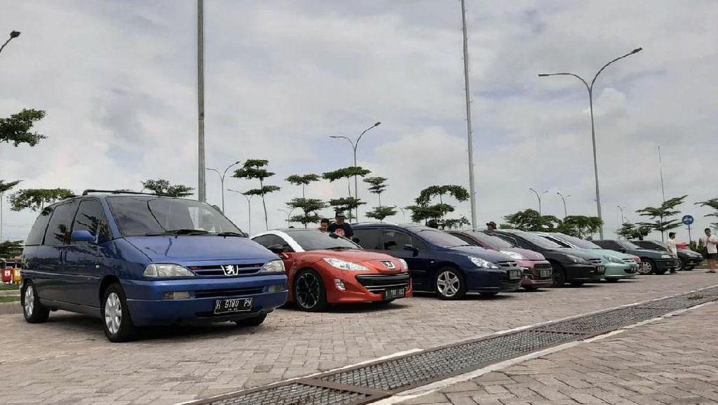 Komunitas Peugeot Touring Surabaya Madura