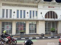 Keliling Bandung Naik Bandros, Bisa Belajar Sejarah dan Jajan Enak
