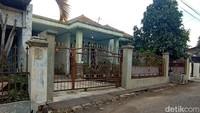 Perdana Menteri Sunda Empire Ngontrak Rumah di Bandung