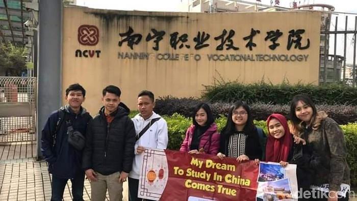 Sejumlah mahasiswa Indonesia di Kota Nanning, Provinsi Guangxi, China, berharap bisa pulang ke tanah air (Dok. Pribadi)