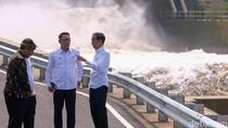 Bareng Ridwan Kamil, Jokowi Tinjau Terowongan Anti-banjir di Bandung