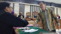 Eks Kasi Pidsus Kejari Semarang Disebut Terima USD 10 Ribu dari Pengacara