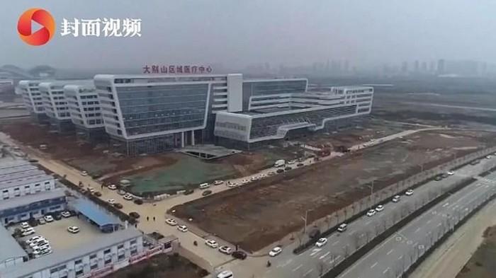 Rumah Sakit Virus Corona di China