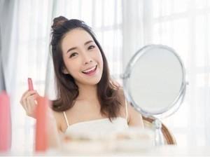 Ini Cara Buat Makeup Glowing Pakai Pixy Make It Glow