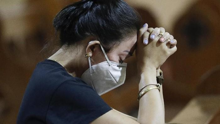 Otoritas Filipina untuk pertama kalinya mengonfirmasi kasus virus corona di wilayahnya. Satu pasien yang berasal dari China kini tengah dikarantina di Filipina.