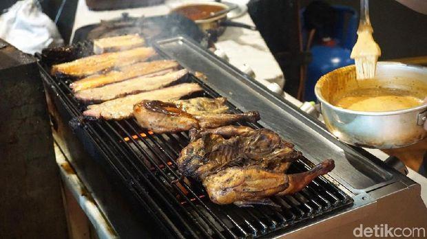 Bara Grills: Juicy Harum! Daging Sapi yang Diasap 12 Jam