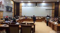 DPR dan Kemenag Bahas Biaya Haji 2020, Rapat Berlangsung Tertutup