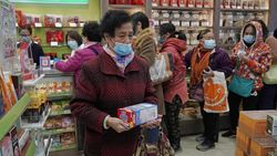 COVID-19 Semakin Buat Panik, Hong Kong Ramai Pencurian Masker
