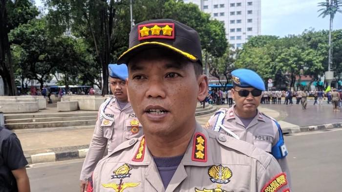 2.200 Personel Polisi Kawal Demo Buruh Tolak Omnibus Law di Depan Istana