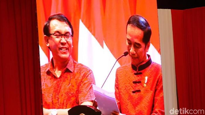 Jokowi saat bertemu Joko yang mirip Ahok (Foto: Andhika/detikcom)