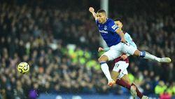 Everton Tolak Tawaran Rp 1,5 Triliun dari Barcelona untuk Richarlison