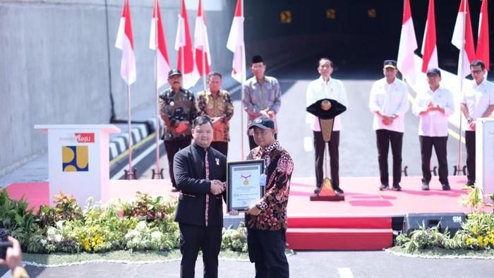 Underpass ke Bandara Inrternasional Yogyakarta Diganjar rekor MURI