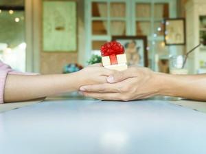 Hai Para Bucin, Ini Rekomendasi Kado Buat Valentine Paling Manis