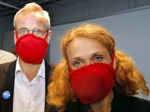 Waspada Virus Corona, Masker Bra yang Dikira Lelucon Ternyata Benar Ada