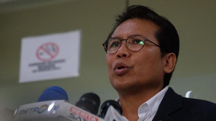Jubir Presiden, Fadjroel Rachman
