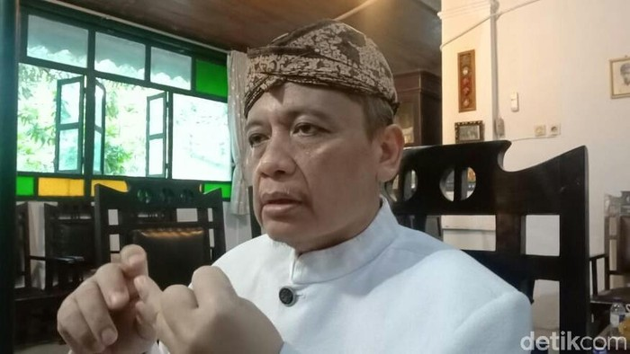 Ketua Umum FSKN sekaligus Sultan Sepuh XIV Pangeran Raja Adipati Arief Natadiningrat