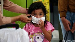 Sosialisasi Pencegahan Virus Corona di Stasiun Gambir