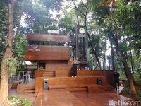 Arborea Cafe menjadi magnet pengunjung Arboretum.