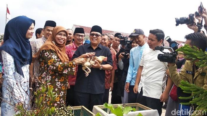 Wali Kota Bandung Oded soal chikenisasi