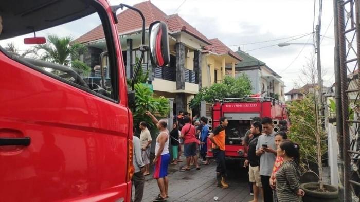 Kebakaran rumah WNA di Denpasar (Instagram @bpbd_kota_denpasar)