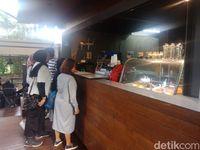 Fakta Unik Kafe Ala Puncak yang Ada di Hutan Kota Jakarta