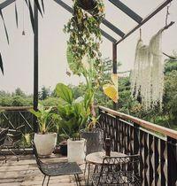Mau Santai dan Ngopi? Mampir ke 5 Kafe 'Hidden Gem' di Bandung Ini