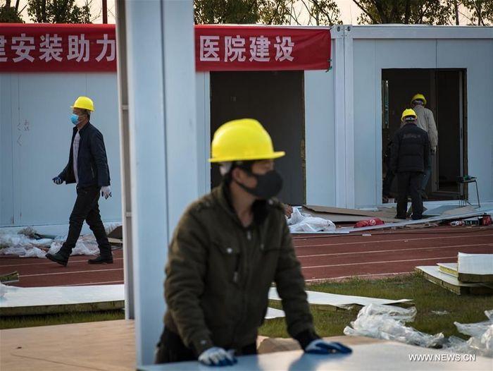 Rumah sakit ini bernama Rumah Sakit Leishenshan (Thunder God Mountain).Foto: Dok. Xinhua/Xiao Yijiu