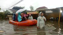 Perumahan Garden City Tangerang Terendam Banjir, 148 Warga Dievakuasi