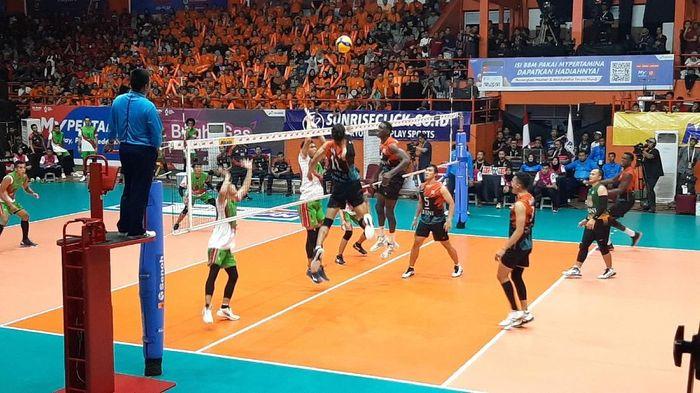 Jakarta BNI 46 vs Surabaya Bhayangkara Samator