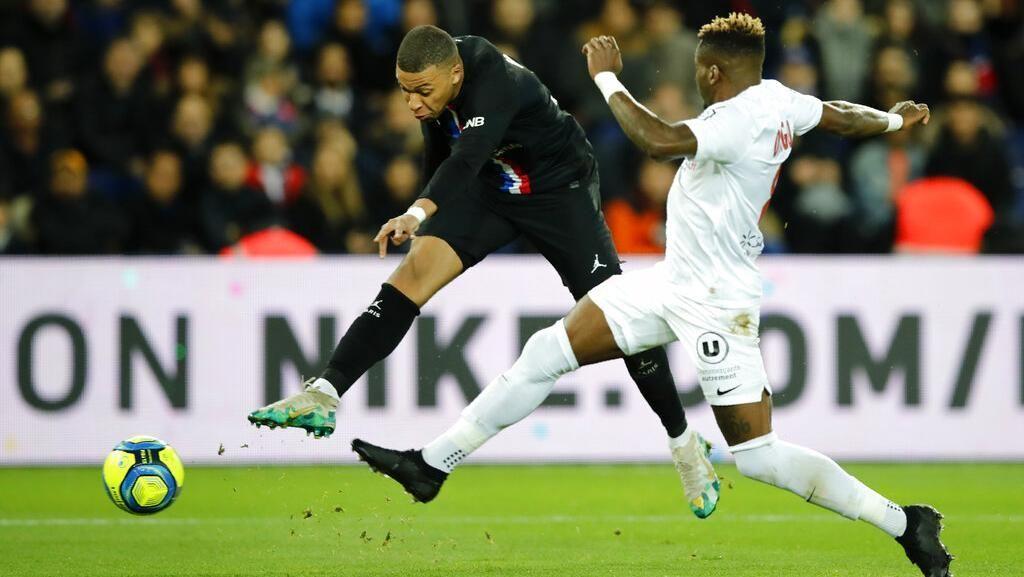 PSG Vs Montpellier: Les Parisiens Pesta 5 Gol