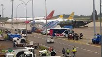 Pesawat TNI yang Bawa WNI dari Wuhan Tinggalkan Batam Menuju Natuna