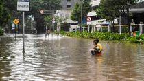 BPBD DKI: 223 Jiwa Mengungsi karena Banjir di Jakarta