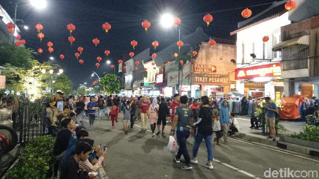 Meriahnya Pawai Pekan Budaya Tionghoa di Yogya