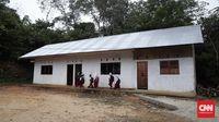 Sekolah marjinal di Dusun Sialang Harapan