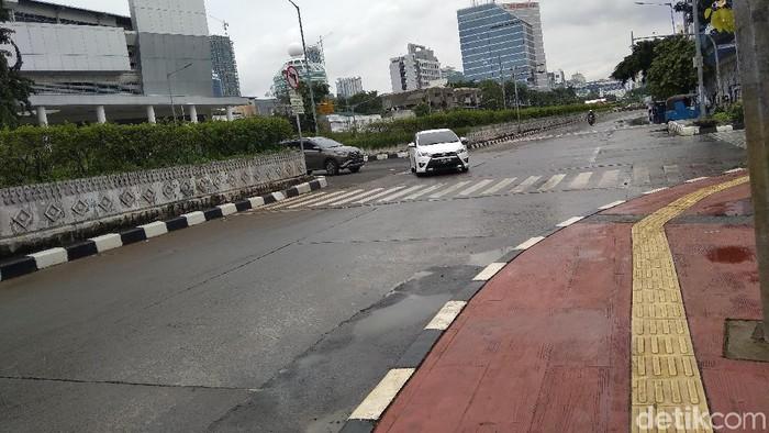 Banjir surut, lalin di Jalan Gunung Sahari normal (Kadek Melda Luxiana-detikcom)