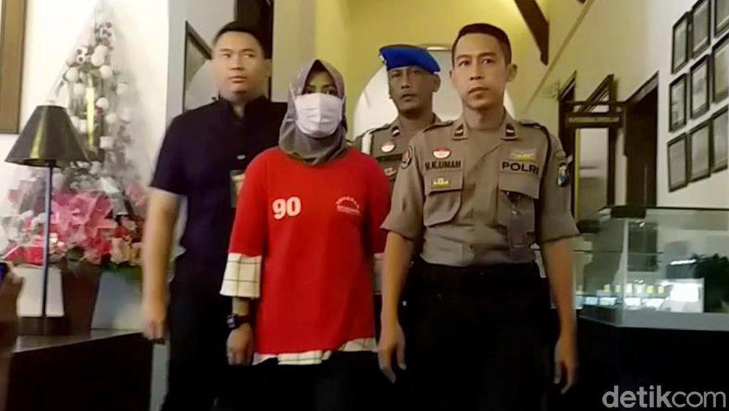 Jatim Hari Ini: Kasus Zikria Hina Risma hingga soal Pemakaman Gus Sholah