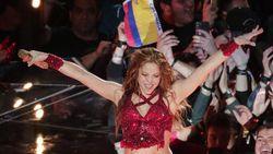 Aksi Shakira Melet-melet di Super Bowl 2020 Jadi Juara di Dunia Maya