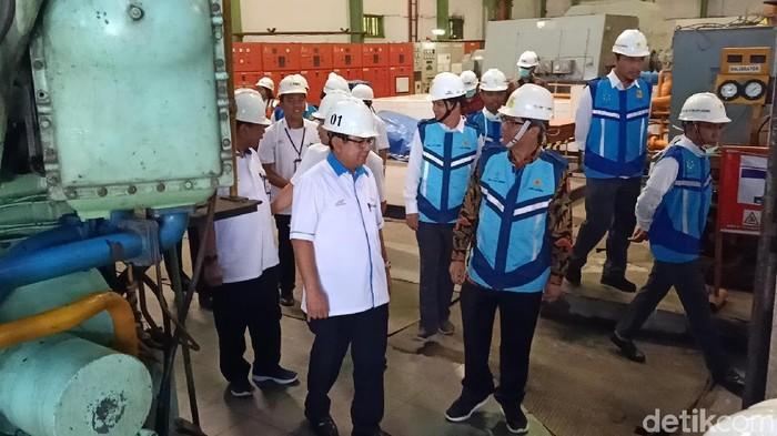 Pemanfaatan limbah ampas tebu menjadi pembangkit listrik akan segera dirasakan masyarakat Kediri. PT PLN Jatim sepakat membeli listrik yang dihasilkan dari limbah PTPN X, PG Pesantren Baru Kediri.