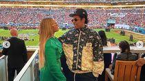 Bukan Protes, Alasan Jay-Z dan Beyonce Duduk Saat Lagu Nasional Ternyata Sepele