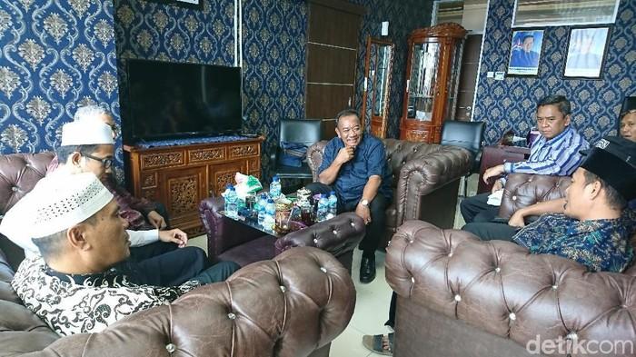Ahmad Arfah Lubis/ GNPF Sumut menemui anggota Fraksi Demokrat DPRD Medan membahas Pilkada Medan