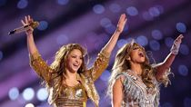 Tak Dibayar Tampil di Super Bowl, Shakira dan J-Lo Untung dari Sini