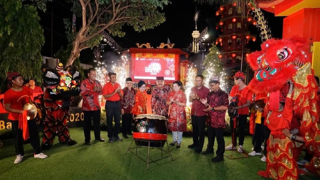 Imlek Dirayakan dengan Pesta Meriah di Banyuwangi