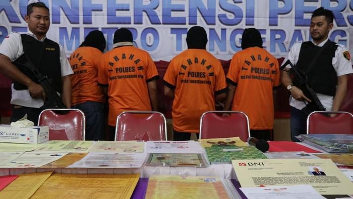 Polisi tangkap Ketua Indonesia Mercusuar Dunia di kasus King of The King Tangerang
