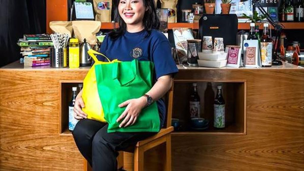 Inspiratif! Kedai Kopi di Palangka Raya Go-Green dengan Diet Plastik