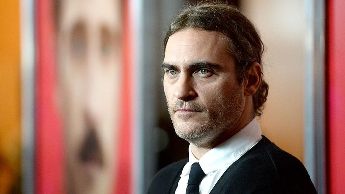LOS ANGELES, CA - DECEMBER 12:  Actor Joaquin Phoenix attends the premiere of Warner Bros. Pictures Her at DGA Theater on December 12, 2013 in Los Angeles, California.  (Photo by Frazer Harrison/Getty Images)